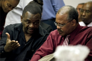 Principal Matthew Farley (left) in discussion with Alexandra School Principal Jeff Broomes - photo credit: Advocate newspaper