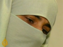 Canadian Court orders woman to removed Niqab