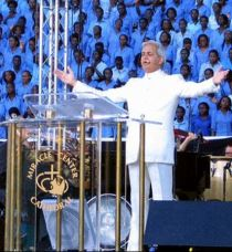 Benny Hinn is coming!