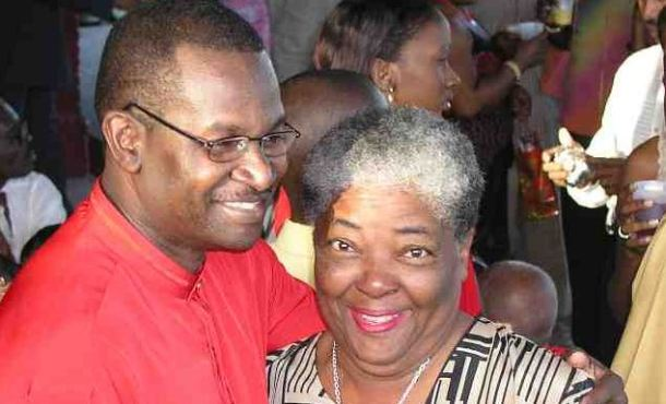 Mrs. Pile being shown some love by Patrick Skeete in 2006