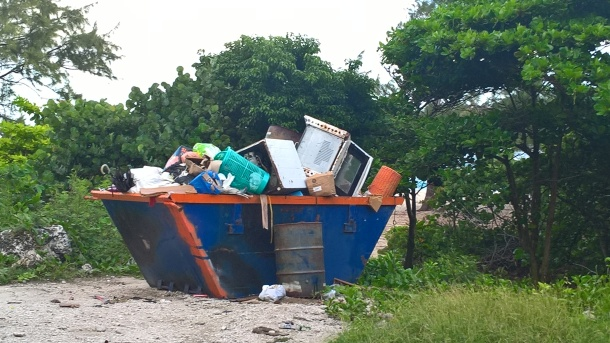 Overflowing and smelly skip located at Foul Bay a popular recreation spot. Image credit: Green Monkey