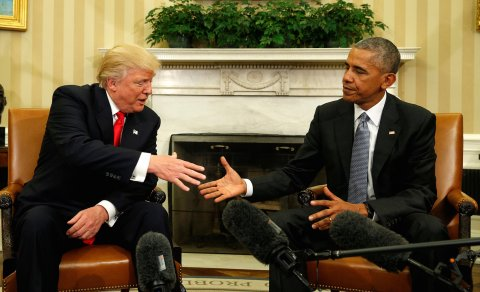 President (elect) Trump (l) and President Obama (r)